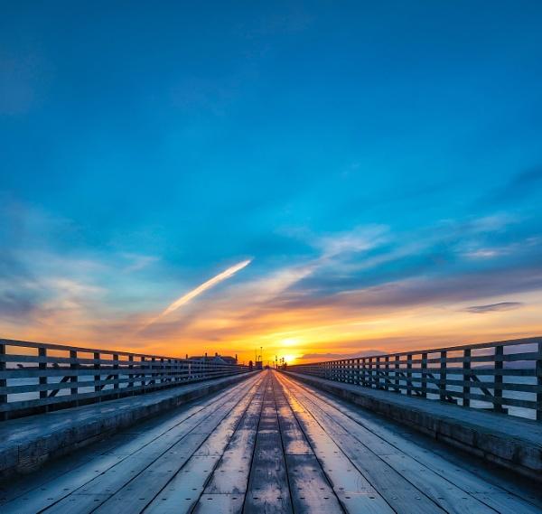 Bridge at Dawn Aurora by mondmagu