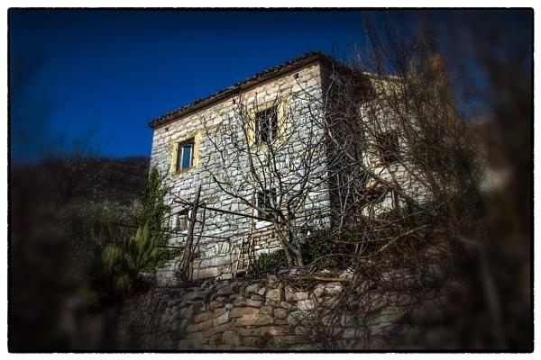 Old House  2 by nklakor