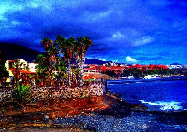The Shoreline, Tenerife South. by Pinarellopete