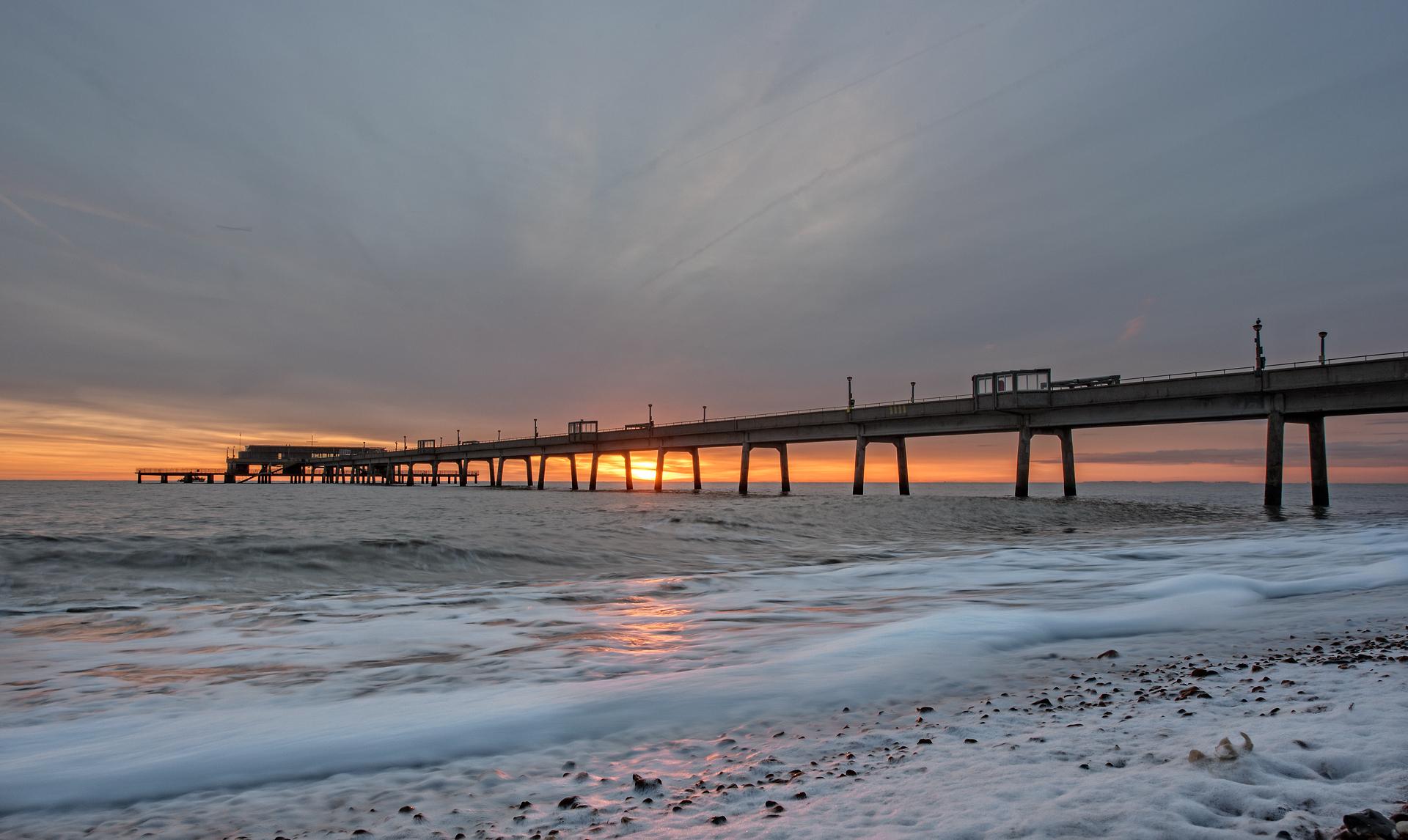 Sunrise, Deal Pier