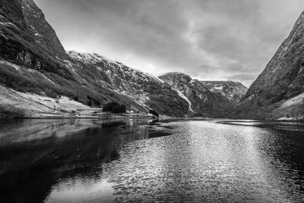 Fjord scene by Ingymon