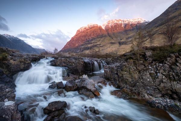 Aonoch Dubh by PaulHolloway