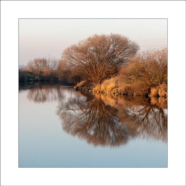 River Trent (2) by Steve-T