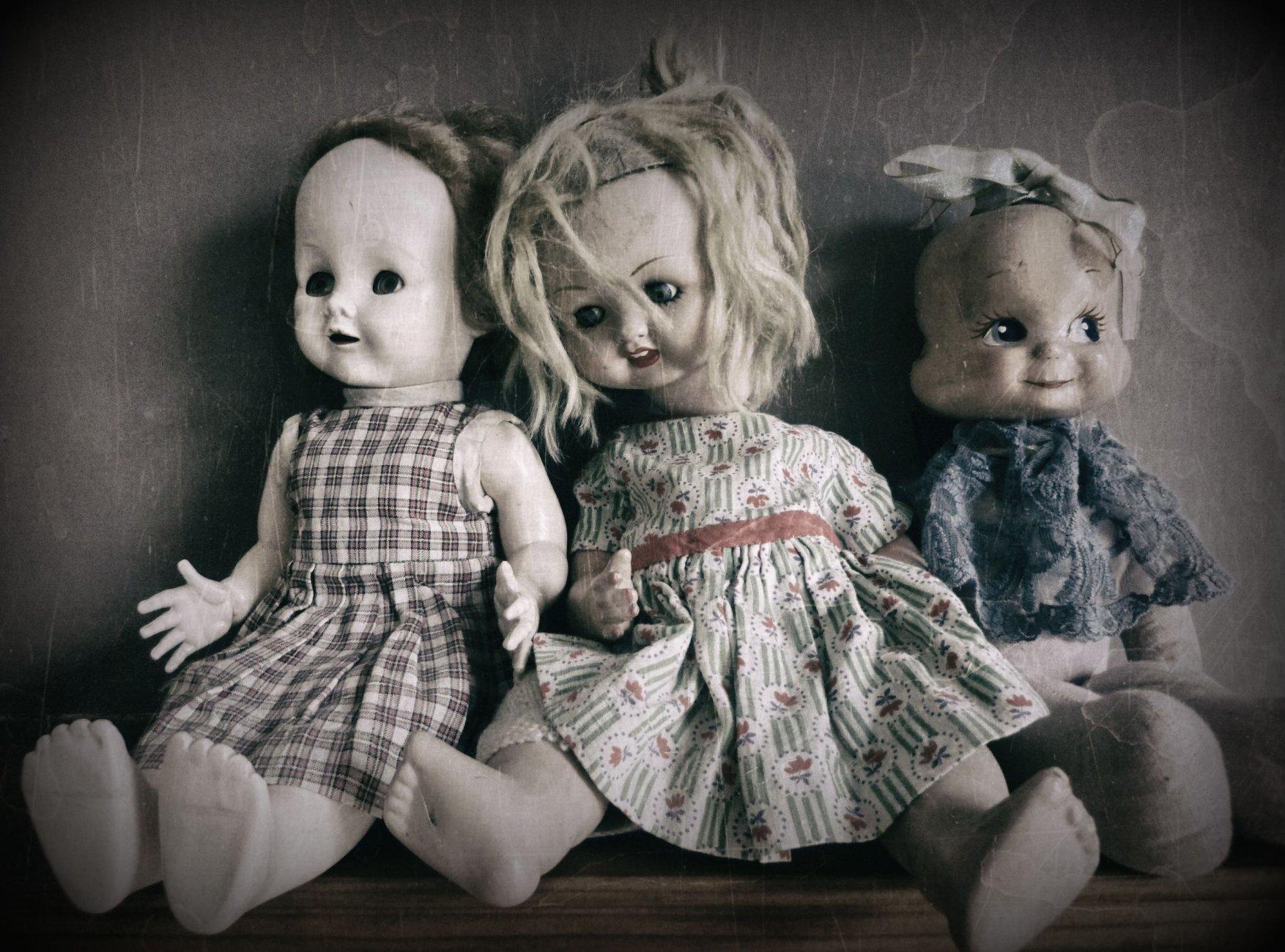 The Three Dolls