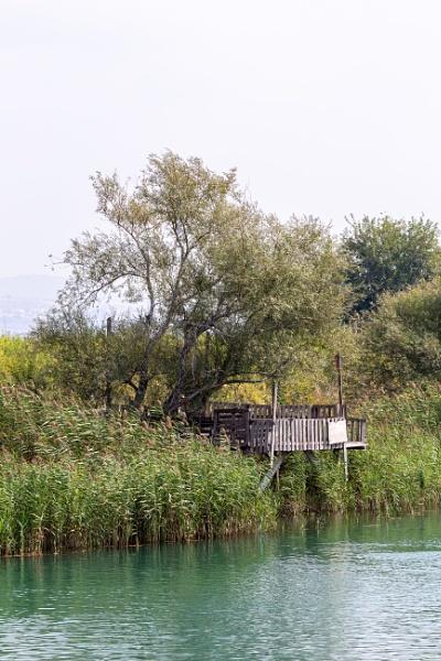 Small wooden pier by rninov