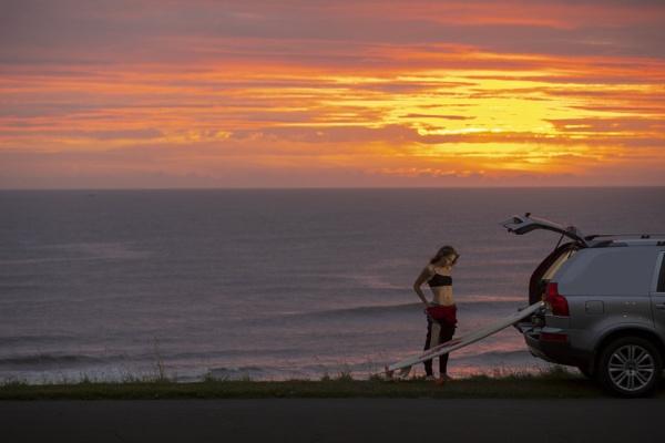 Surfer Girl by revilo