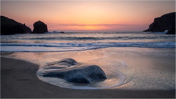 Sunset at Dalbeg Beach by Leedslass1