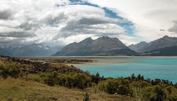 Lake Tekapo by Janetdinah