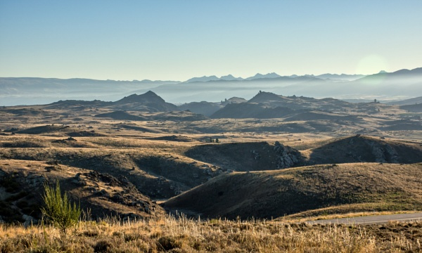 Westward View - Central Otago by barryyoungnz