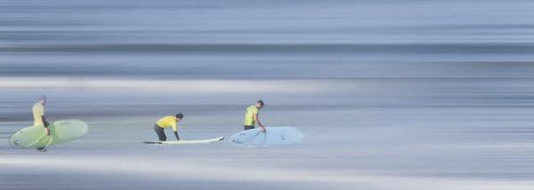 Surfers by MAK2