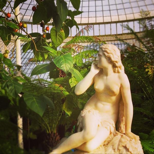 Eve III by AliEscobar