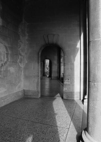 thru the archway by janetj