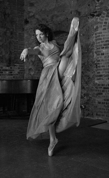 Dance stride by rontear