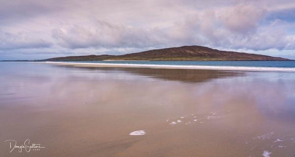Taransay... by Scottishlandscapes