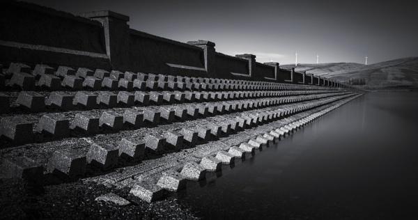 Daer Reservoir by TrotterFechan