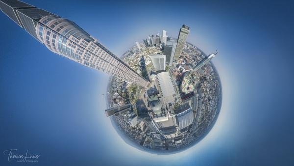Skyscraper by Iluminatus