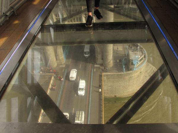 Tower Bridge by lindylou43