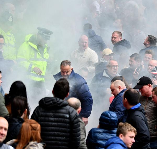 Flare Smoke Bomb by Frank_Reid