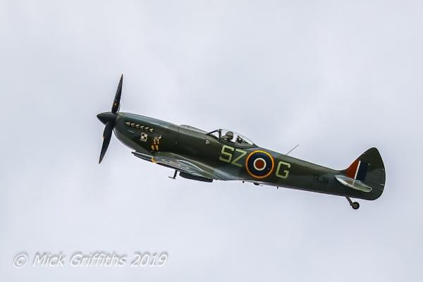 Spitfire Flyover by Bazzaspal