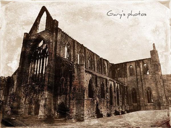 Tintern Abbey by Gary66