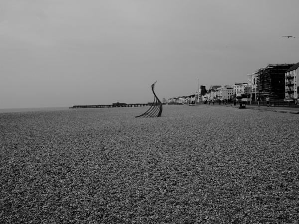 Hastings Beach 04 by AgeingDJ