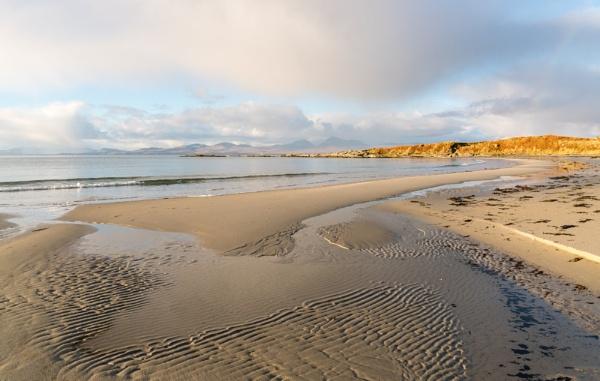 Kilmory Beach by PaulHolloway