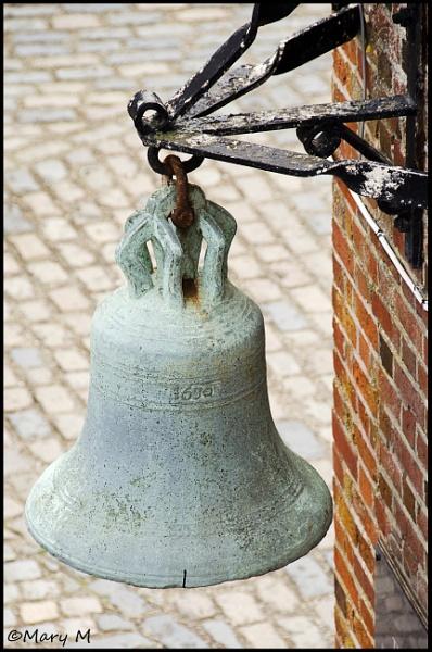 1630 Bell by marshfam19