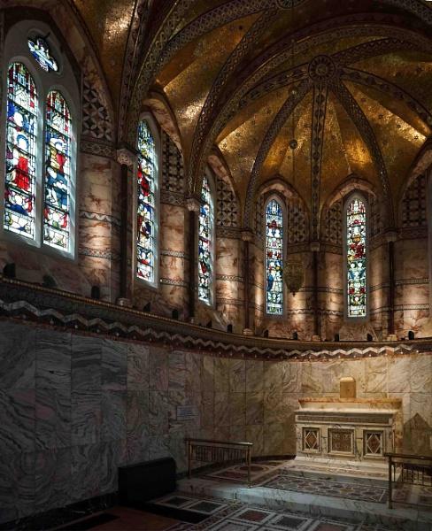 Fitzrovia Chapel London by StevenBest