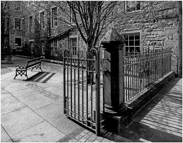 Findlay Court, Edinburgh by mac