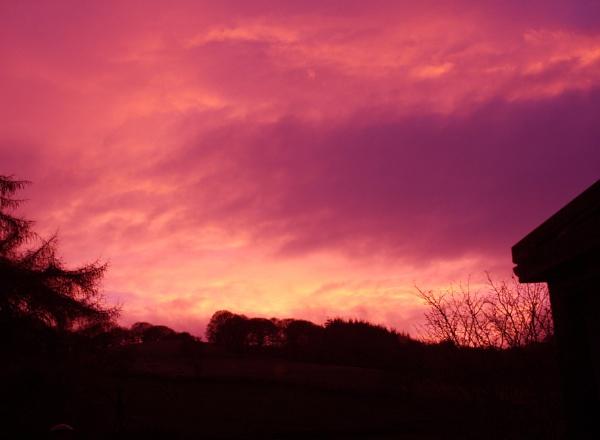 Fiery sunset! by ddolfelin