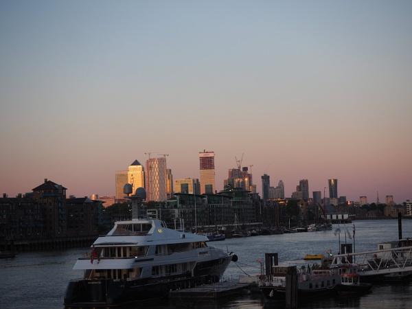 TB03: Canary Wharf by AgeingDJ
