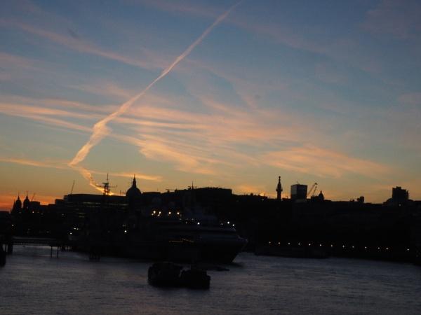TB04: Sunset by AgeingDJ