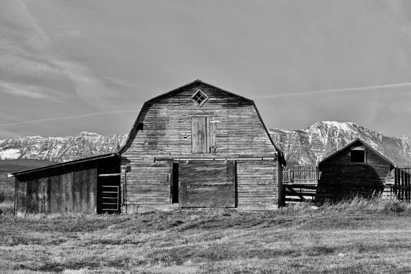 Rocky barns by waltknox