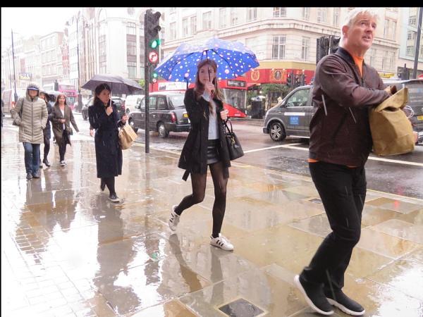 Just walking in the rain by newbe2