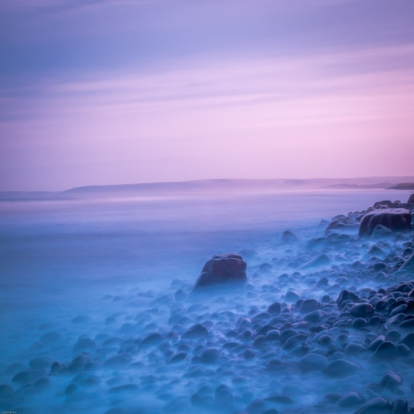 Misty over the pebbles by goong