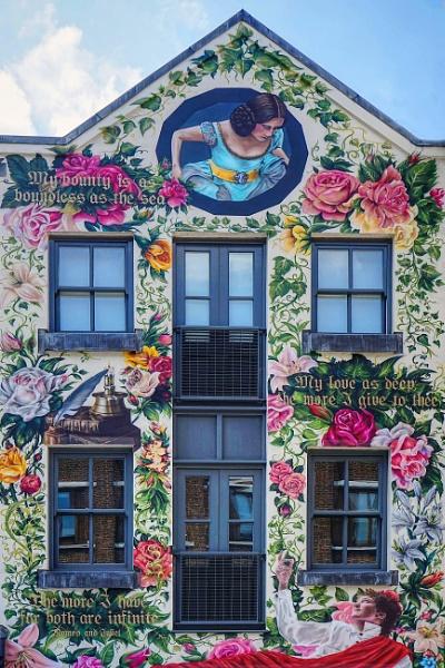 Romeo and Juliet mural Shoreditch London by StevenBest
