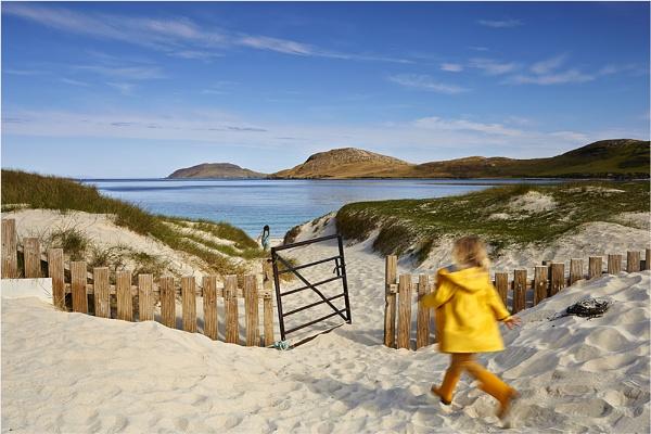 Race to the Beach by jeanie