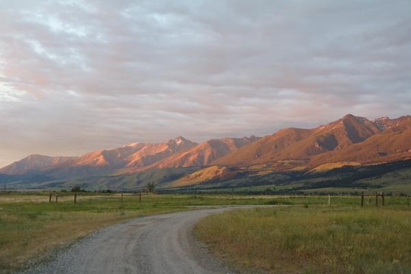 Paradise Valley, Montana by maureenwaite