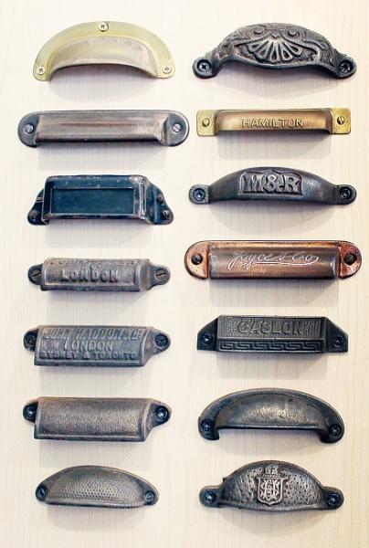 Type drawer handles by helenlinda
