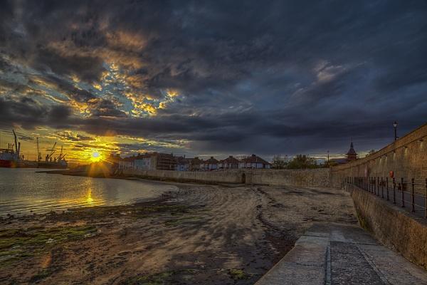 Fish Sands Sunset by stevenb