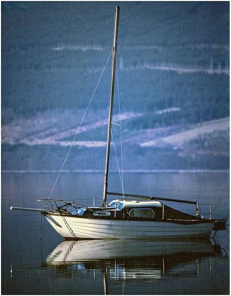 Yacht, Loch Tay by mac