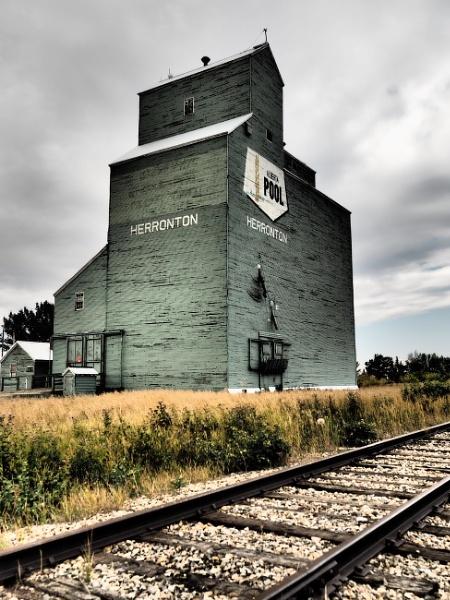 Prairie heritage by waltknox
