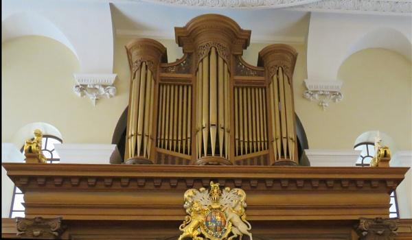 Greenwich St Alfege Church Inside view by newbe2