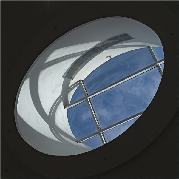 Looking Up by AlfieK