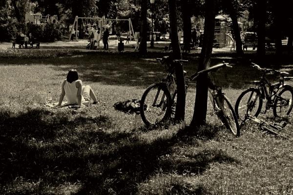 summer kicks off * by leo_nid