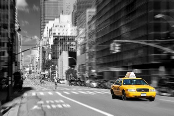 NewYork taxi by Paulocks