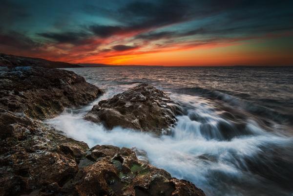 House of Waves by brzydki_pijak