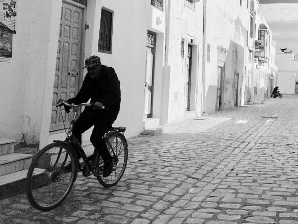 On yer bike .. by chrisdunham