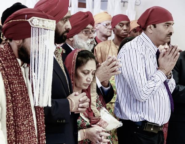 Punjabi Wedding Party by bobbyl
