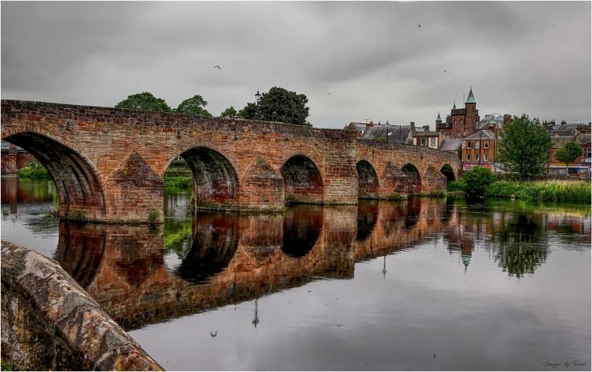 The Old Bridge: Dumfries.